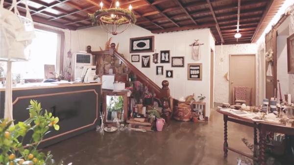 '나만의 공간'으로 고친 35년 된 노후주택 (하우스)