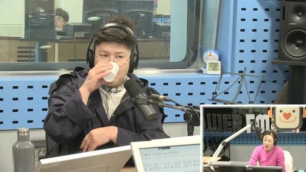 [최화정의 파워타임] 이영자, 종이컵 떡국 먹방