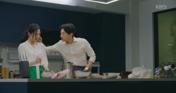 김현주X김명민(송현철C), 탕수육 만들다 '미묘한 분위기'