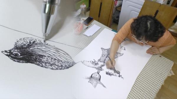 스케치도 없이 일필휘지! 볼펜으로 그린 정교한 그림