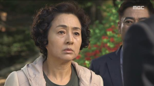 구원 가족과 마주친 이보희, '최윤영 어디 있어?!'