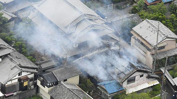 """""""1주 안에 한번 더""""…일본 오사카 지진, 연쇄 발생 가능성 있어"""