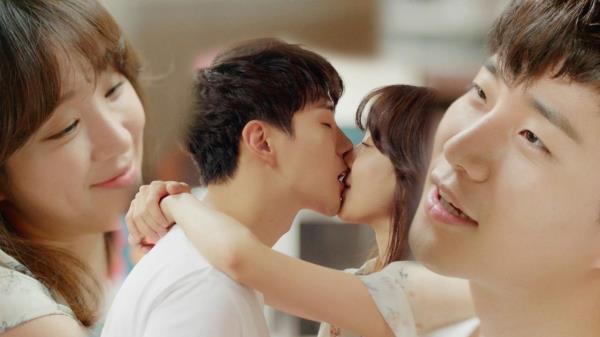 정려원♥준호, 기름진 부엌 달콤함으로 채우는 '키스'