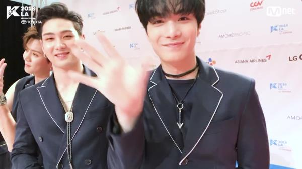 [KCON 2018 LA] HI-TOUCH with #NUESTW
