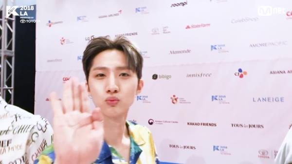 [KCON 2018 LA] HI-TOUCH with #PENTAGON