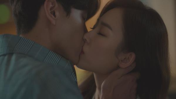 [심쿵 엔딩] 운명 같은 이민기♥서현진, 아름다운 '관제탑 키스'