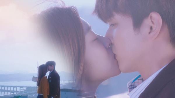 '돌발 키스' 조보아, 유승호에 아낌없는 사랑 투척♥