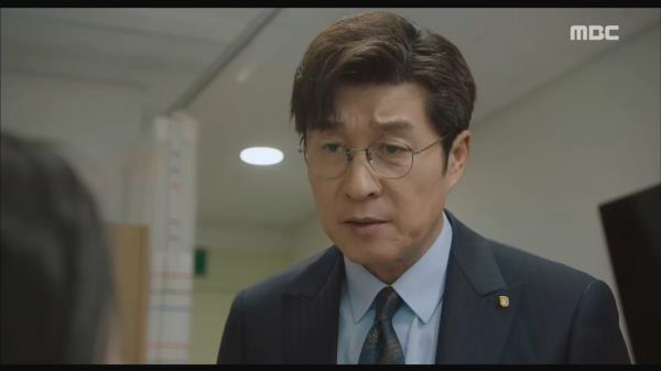 """""""구린 구석이 있는가 보네..."""" 이혼한 아내를 찾은 김상중"""