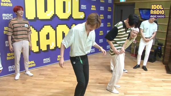 [IDOL RADIO] 만보기가 날 춤추게 해!