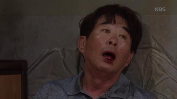 """피를 토하는 송민형, 심상치 않은 몸 상태! """"...아버지 빨리 찾아야 해요!"""""""