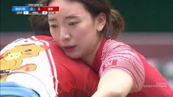 여자부 단체전 8강 매화급 김시우 vs 이나영 [2020 안산김홍도장사씨름대회]