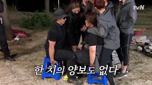 [선공개] 근수저 김민경, 특전사 박교관과 허벅지 씨름?!