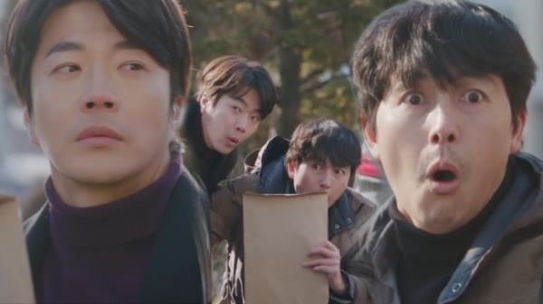 """[19회 선공개] 권상우×정우성 """"숨어!숨어!숨어~"""" (ft. 숨길 수 없는 기럭지★)"""