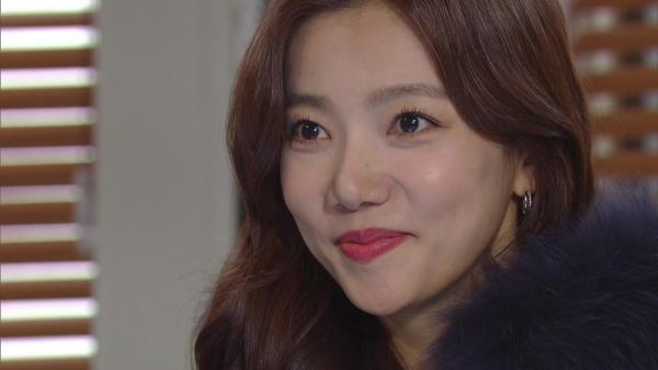하반신 마비는 가짜였다?! 태연히 춤추는 김희정 모습 지켜본 이채영, 회심의 미소! | KBS 210126 방송